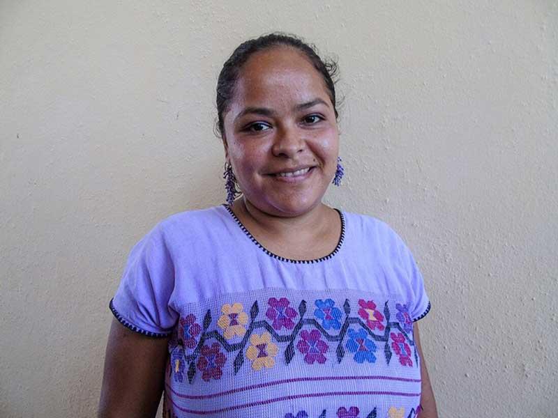 Trasladan a activista Kenia a penal de Acapulco
